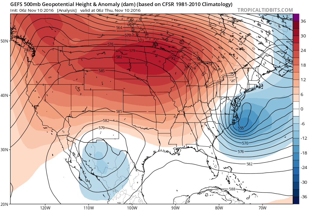 500mb geopential height and anomaly from Thursday – reds indicate the dominant ridging that has been in place across the US for weeks now | TropicalTidbits